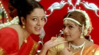 Telugu Super Hit Song - Oka Devata Velasindhi (Female)