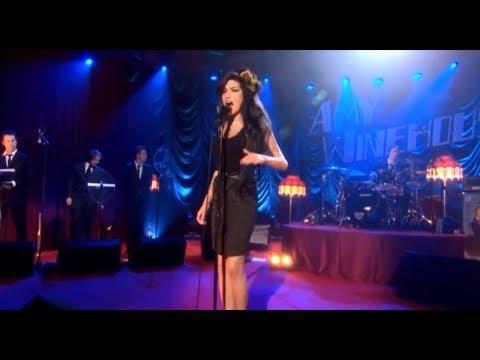 Amy Winehouse - Back To Black (live 2008)