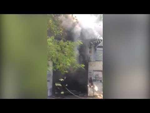 В Челябинске  сгорел автосервис