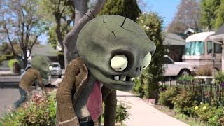 Fight Plants vs  Zombies  3D Anime  | Zombies in real life 2017
