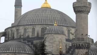 Площадь Султанахмет, Голубая мечеть, призыв муэдзина - азан.(Мой отзыв об экскурсии в Голубую мечеть Стамбула.http://ftkimmeriya.ru/moi-puteshestvija/ekskursiya-v-golubuyu-mechet-stambula Призыв муэдзина..., 2014-02-27T18:31:25.000Z)