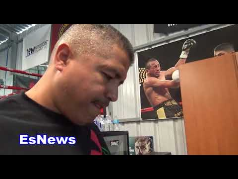 Holy S#!T It's A Knockdown!!! Robert Garcia Watching McGregor Malingaggi Sparring EsNews Boxing