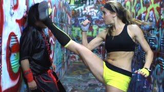 Kung Fu Girl vs Kung Fu Guy Fight Scene (Tekken / Dead or Alive Style)