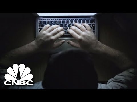 How To Conduct A Do-It-Yourself Background Check | American Greed | CNBC Prime