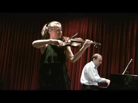 Ania Filochowska plays Brahms Sonata No.1 in G major, Op. 78 (1/3)