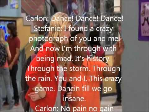 Pose by Stefanie Scott feat Carlon Jeffrey Lyrics