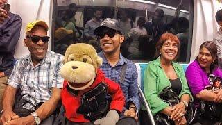 Ñeñeco Nos Enseña Cómo Enamorar A Una Mujer En El Metro