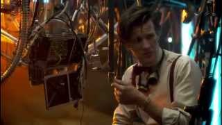 Eleventh Doctor - Bunk Beds Are Cool!