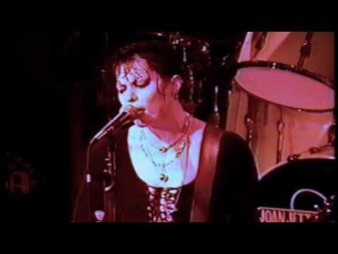 Joan Jett - I Hate Myself For Loving You