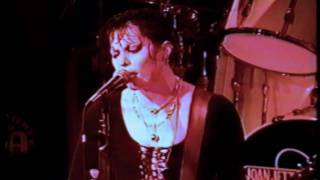 Joan Jett - I Hate Myself For Loving You
