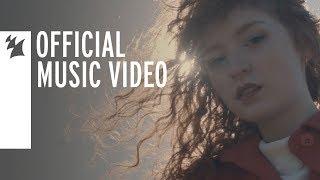 Смотреть клип Mokita - Kiss And Tell