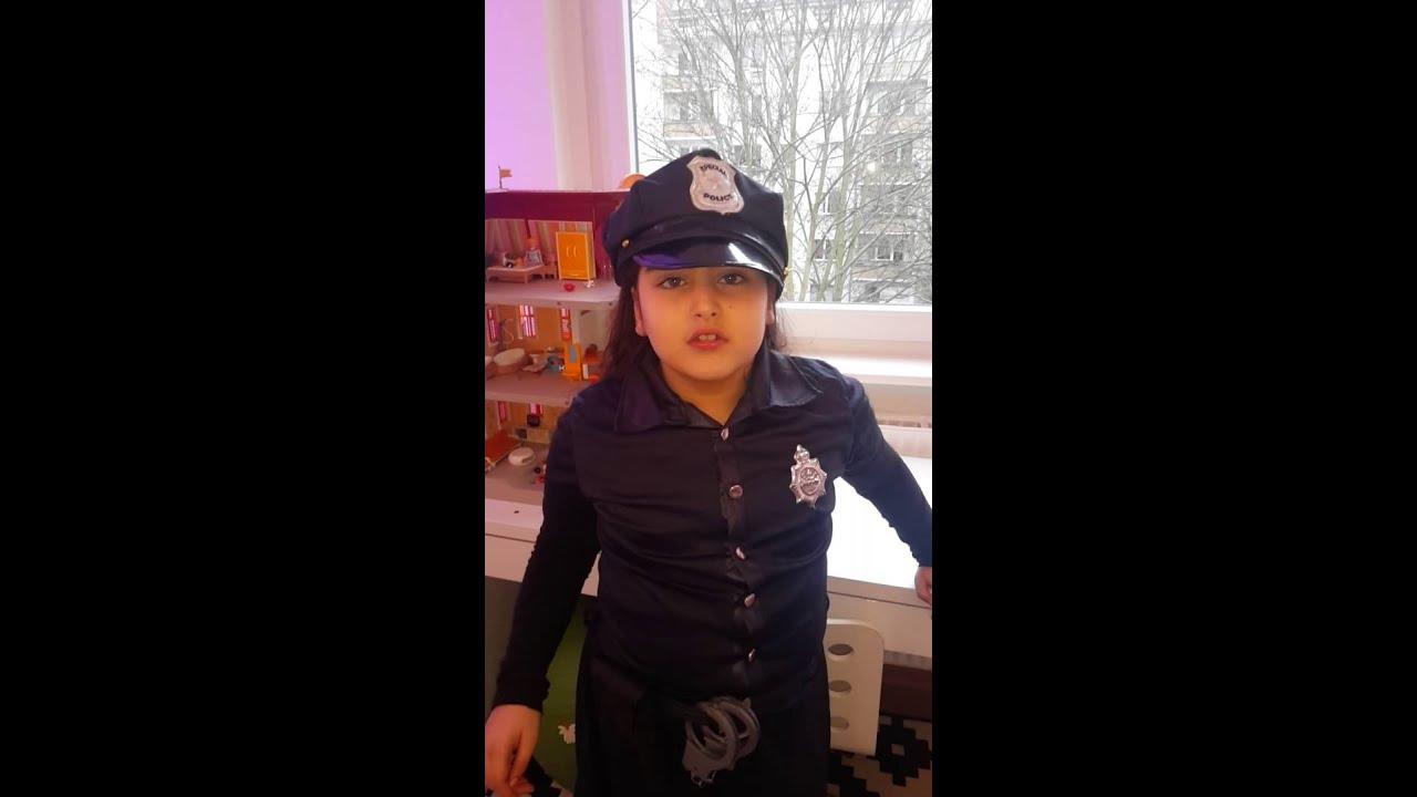 Als Polizistin Zu Fasching Youtube