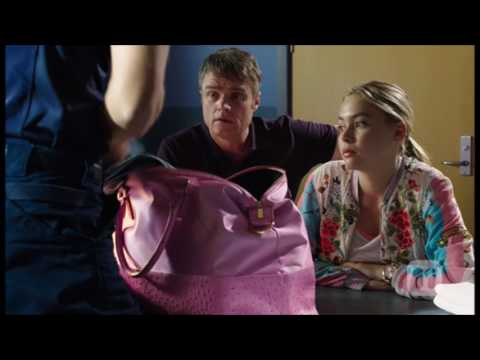 [Neighbours] 7627 Gary & Xanthe & Mark...