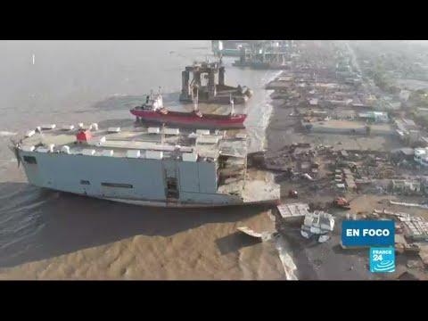 El drama de los barcos sin uso en las costas de India