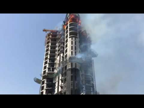 Under construction building fire in salmiya Kuwait 18/07/2016