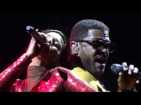 "Alicia Keys & Maxwell ""Fire We Make"" Madison Square Garden April 2013"