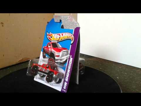 Toyota tundra super th hot wheels