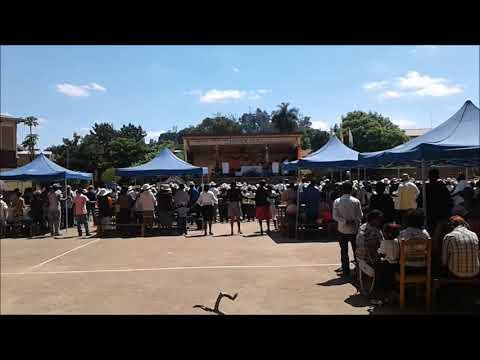 2. Madagaskar- szkoła w Ambohidratrimo. (Piotrek BrakMeldunku).