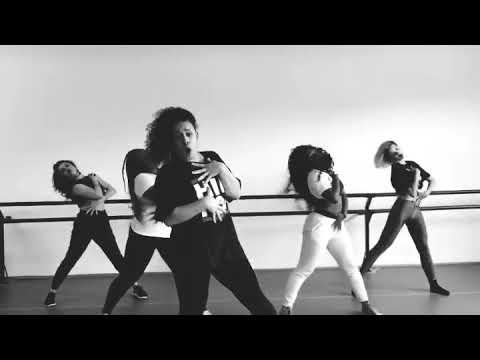 """Gloria Groove  ensaio de coreografia para o  de """"Provocar"""" com a Lexa"""