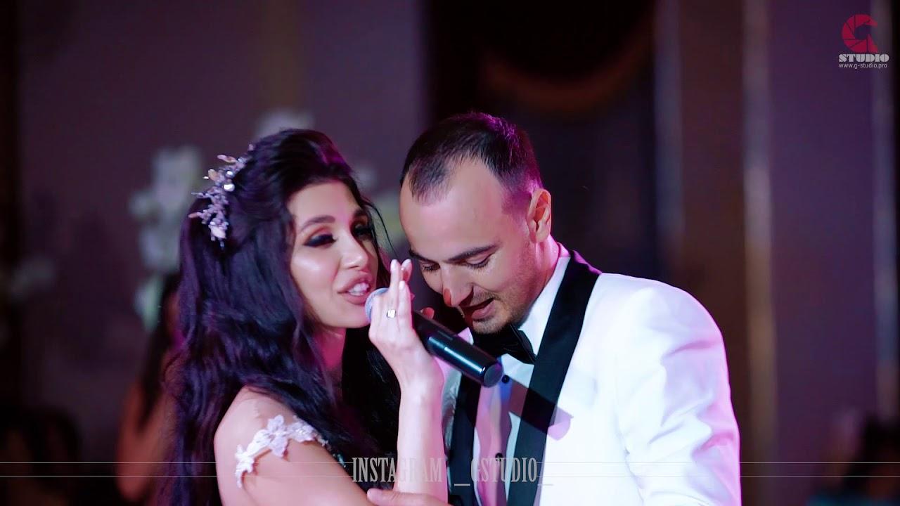 Жених и невеста красиво спели на свадьбе - YouTube