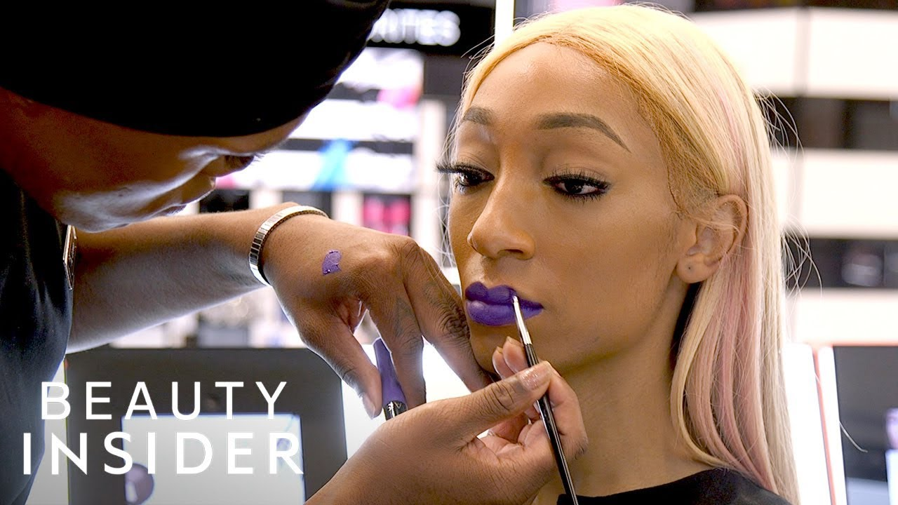 Sephora Class Teaches The Trans Community About Makeup