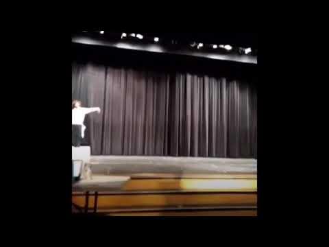 Bloom trail high school talent show 2019????????