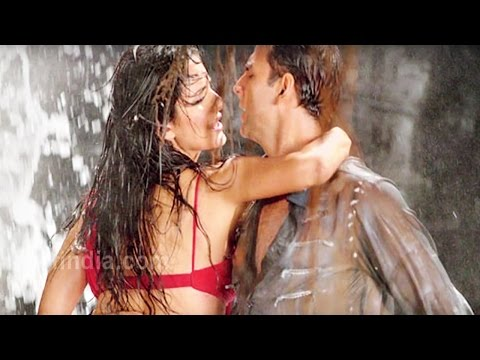 Most Dirty and Double Meaning Lyrics Of Bollywood Songs