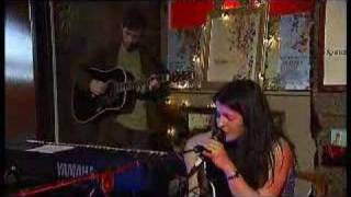 Emma Pollock live acoustic on stv/music
