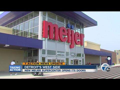 Meijer's second supercenter opens in Detroit