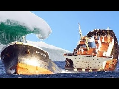 Giant Ships Trapped in Extreme Storms Compilation Monster Waves Caught in Tapes