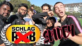SCHLAG  DEN  SPIDEY  |  FUSSBALLCHALLENGE  |  BROTATOS