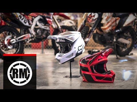 Fox Racing V2 Motocross Helmet