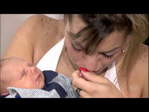 Conheça a história de uma mãe que descobriu que estava grávida nove dias antes do parto