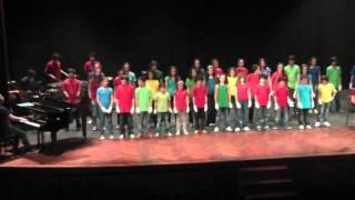 2011 04 06 - Coro CMUS Teatro Rosalía de Castro - 05 Whatever bis
