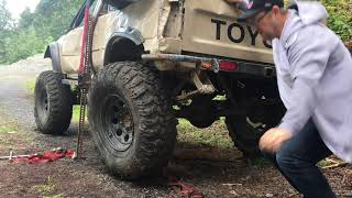 Toyota Axle Falls Out