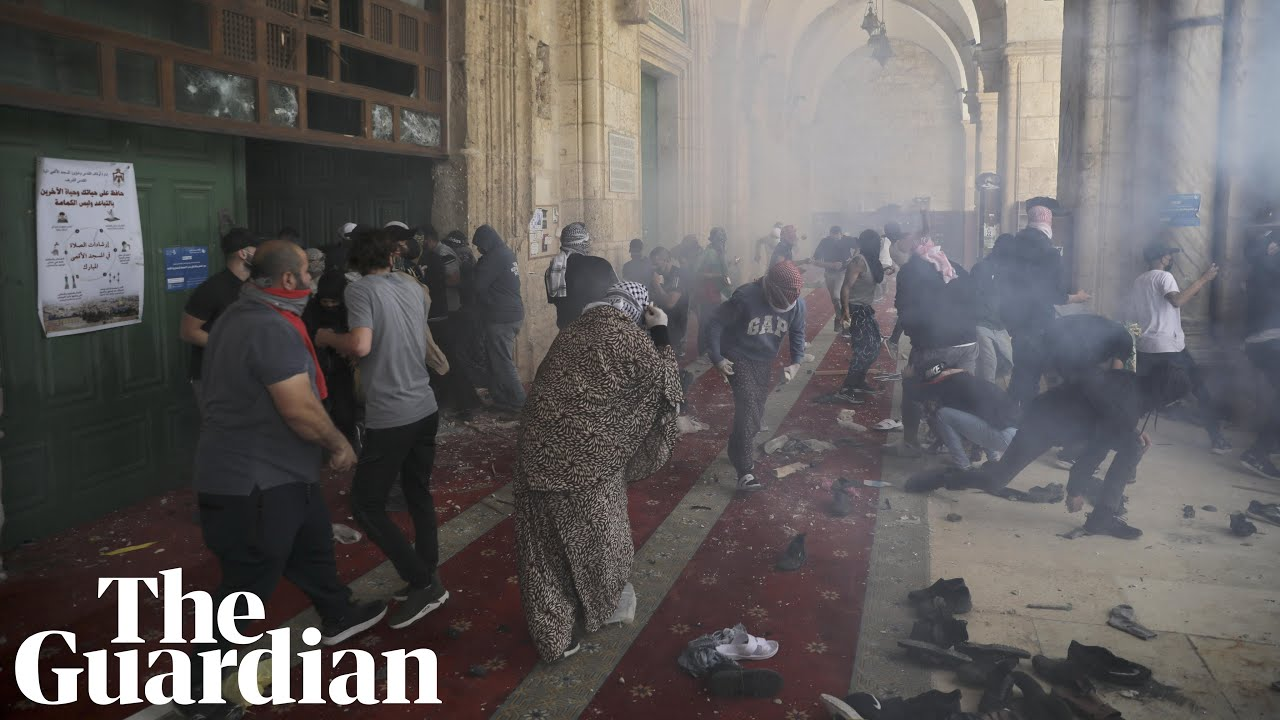 Download Jerusalem: hundreds injured as violence at al-Aqsa mosque sparks heightened tensions