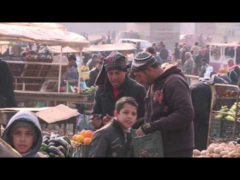 Iraq, Nineveh | Neighbourhoods in Mosul  restores daily life
