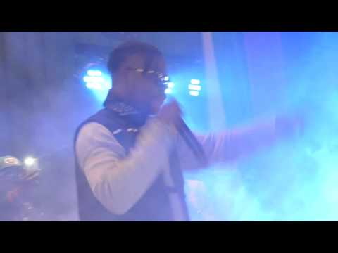 olamide performed live on stage in germany