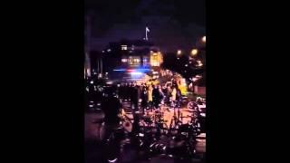 Polisen städar efter tiggare och vänsterextremister utanför Stadshuset i Malmö
