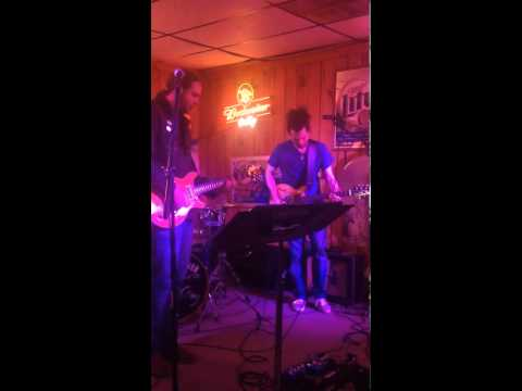 Whiskey River - Tupelo Honey.mp4