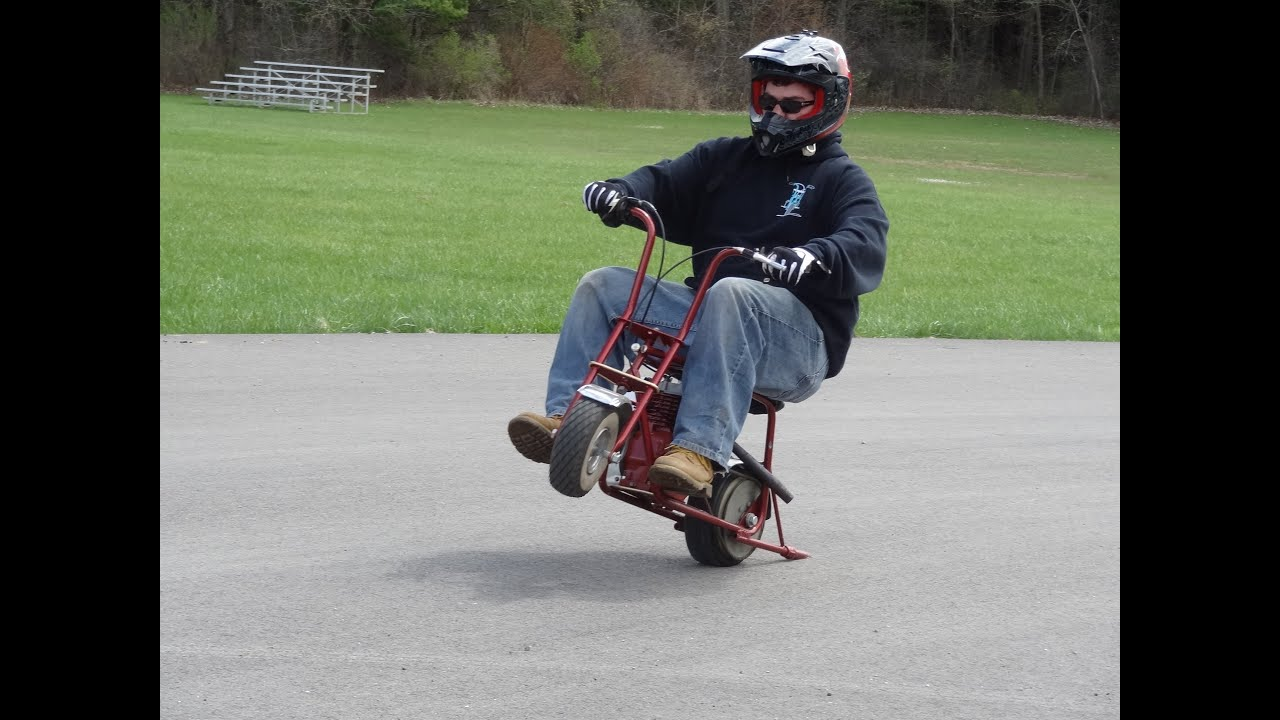Minibike Wheelies Grass Dounuts Youtube