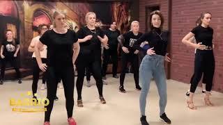 Женский стиль бачата с Еленой Талашовой клуб БАРРИО