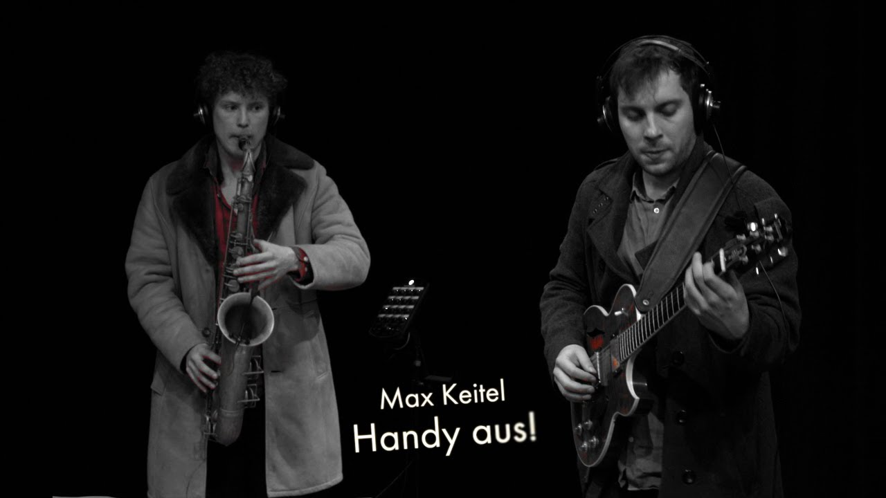 VÖ Killekille-Quartet plays 'Handy aus!' by Max Keitel