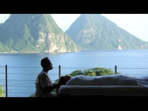 Romance on Saint Lucia: A Guide to Island Love
