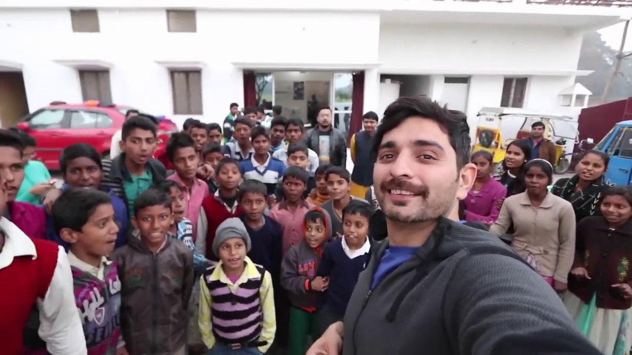 Download Bollywood actor Siddhant Karnick visits United for Hope