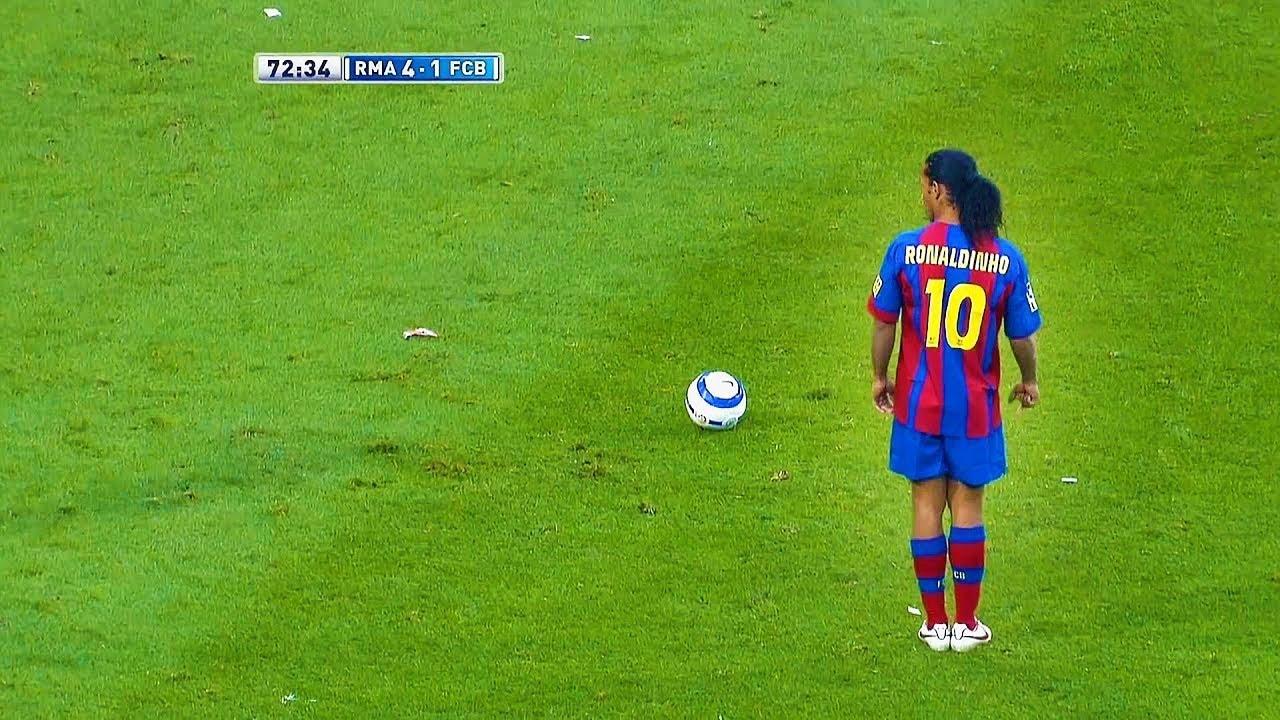 Dünyayı Şoke Eden Ronaldinho Golleri - Messiye Futbolu Öğreten Adam...