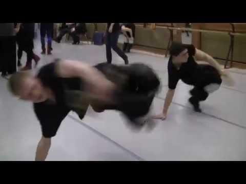 Русские парни в ударе. Русский народный танец. Ансамбль танца КАЛИНКА НОВОКУЗНЕЦК. русские мужики