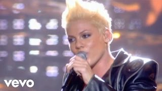 Baixar P!nk - U + Ur Hand (Live From Wembley Arena, London, England (Mobile Video))