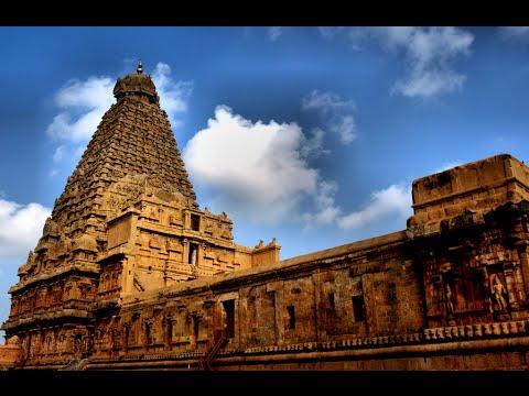 Visiting Brihadeeswarar Temple, Hindu temple in Thanjavur, India