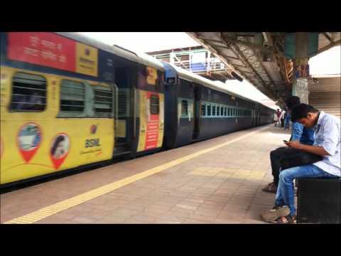 COMES AND GOES SILENTLY!!!!!! WCAM3 KALYAN #21938# HAULING MAHANAGARI..!!